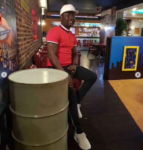 [PHOTOS] Seyi Law And Wife Share A Kiss During A 'Great Night Out' In London