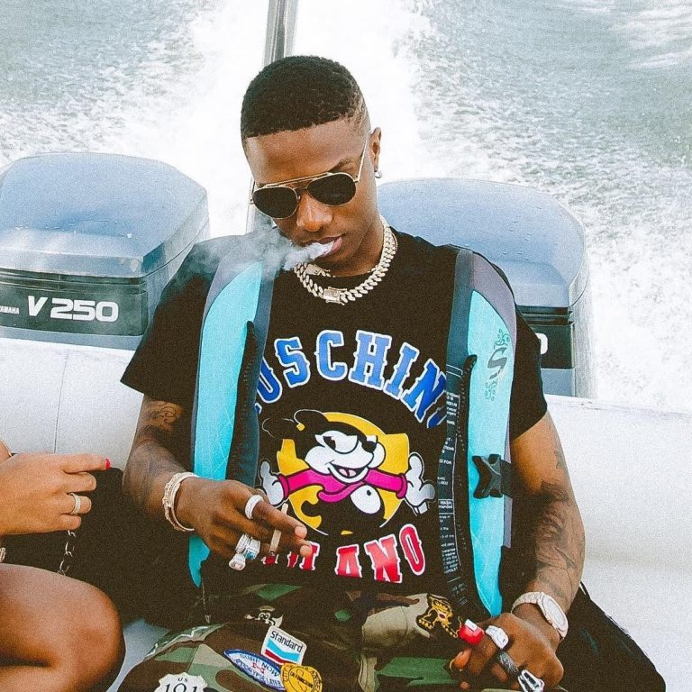 Up & Coming Nollywood Actor Threatens To Commit Suicide If Wizkid Doesn't Follow Her Back On Instagram